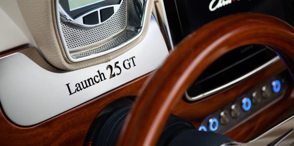 Chris Craft Launch 25 GT
