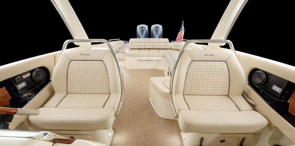Chris Craft Boats Launch 35 GT